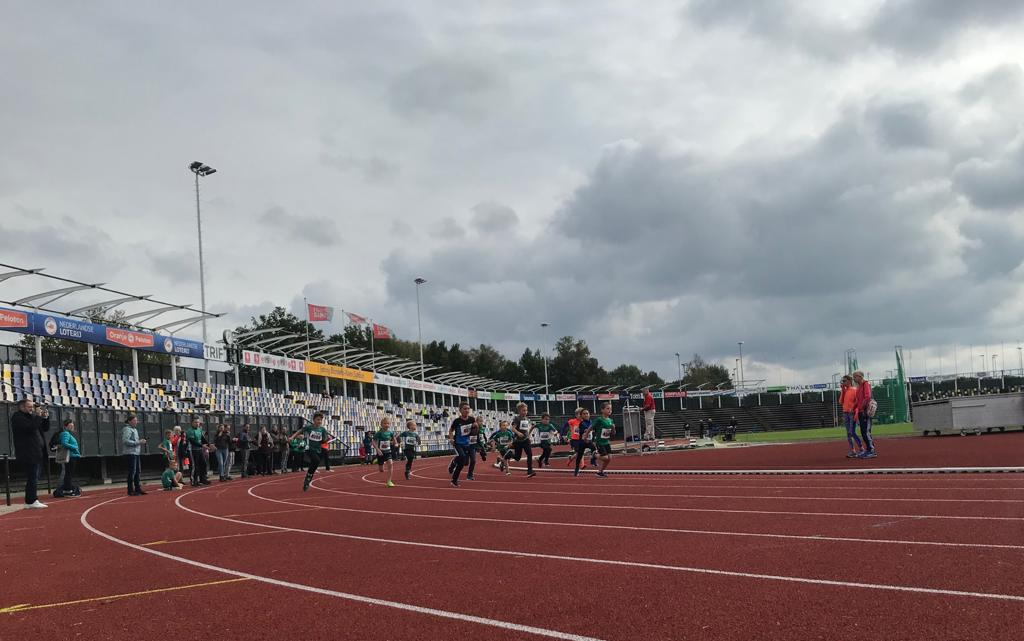 Geweldige prestaties van AVH pupillen tijdens meerkamp in FBK stadion.
